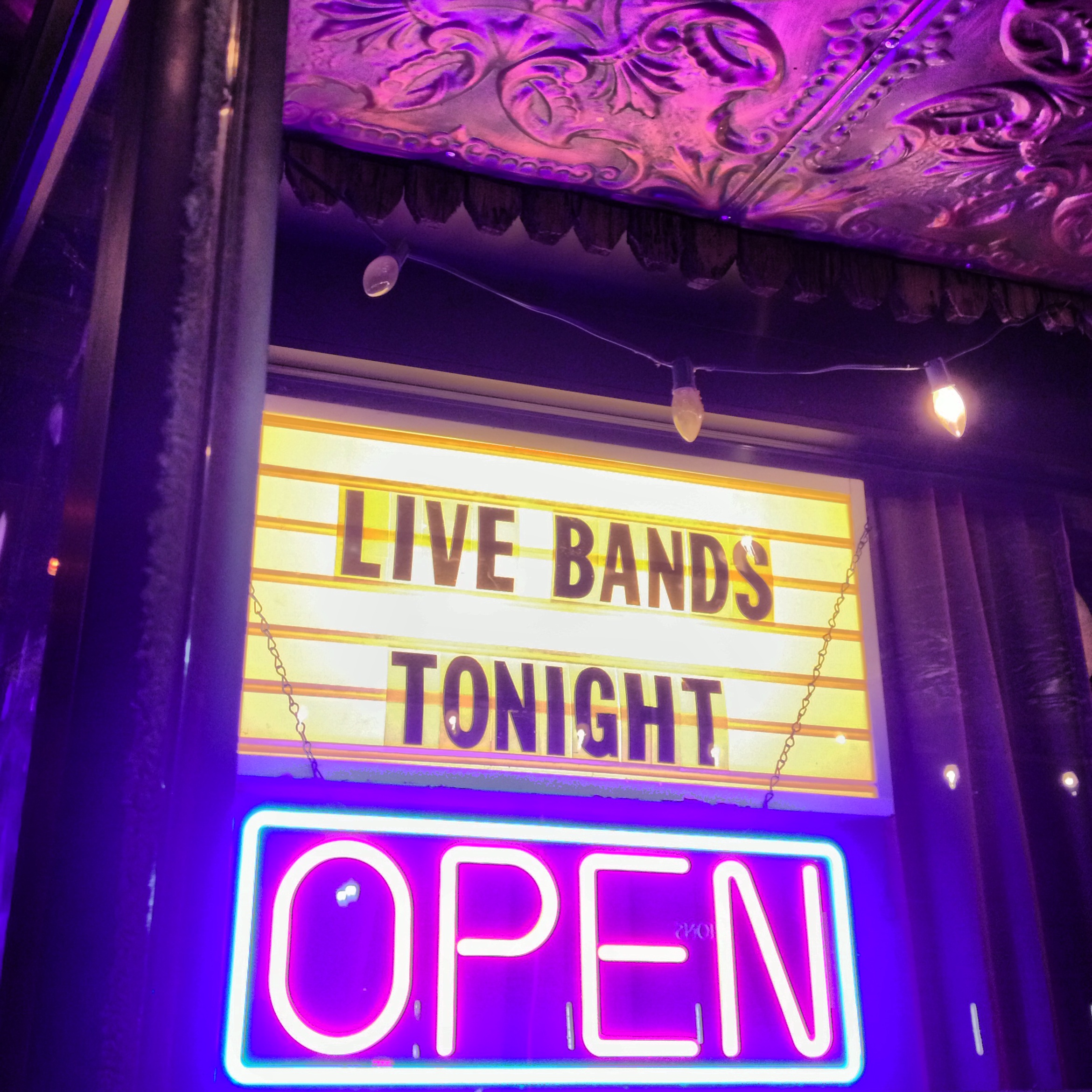 live bands tonight